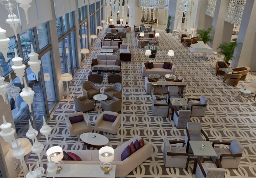 Akra Hotel *****