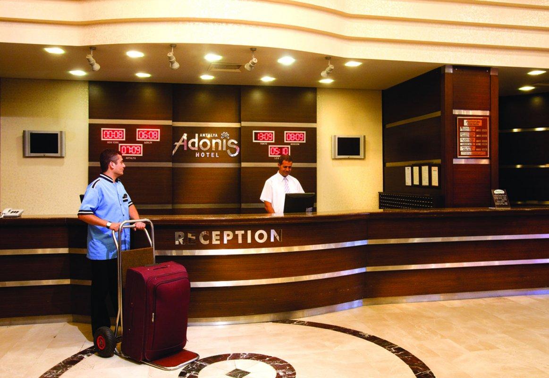 Adonis Otel